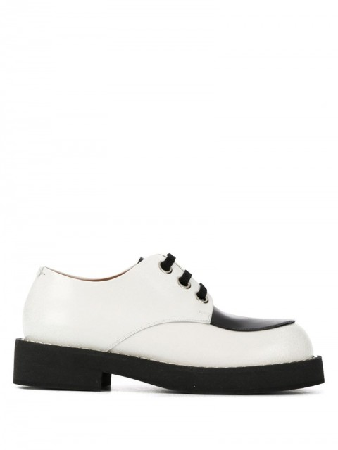 Marni - contrast brogues - women - Leather/Rubber - 35, 39 - White