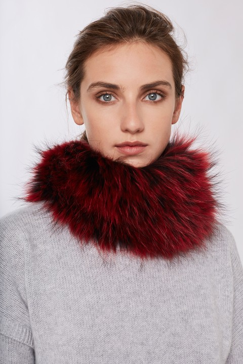 Ida Fur Lipstick Raccoon Snood