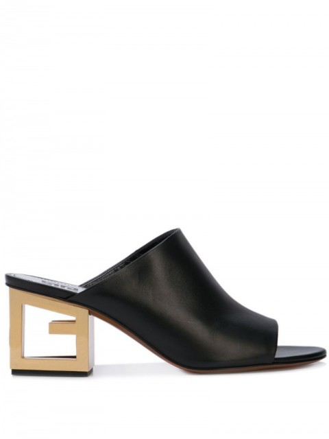 Givenchy - Triangle mules - women - Calf Leather - 39, 38, 37 - Black