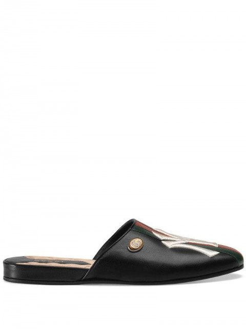 Gucci - Leather slipper with NY Yankees™ patch - women - Satin/Leather/metal - 37, 35.5, 41.5, 39.5 - Black