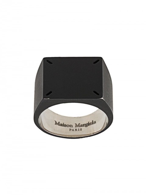 Maison Margiela - four-stitch signet ring - men - Silver - 56 - Black