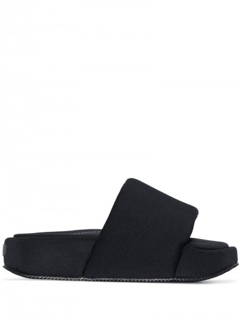 Y-3 - oversized chunky sole slides - women - Rubber/Fabric - 6, 8 - Black