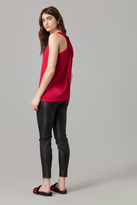 Amanda Wakeley Red Sleeveless Cashmere Top